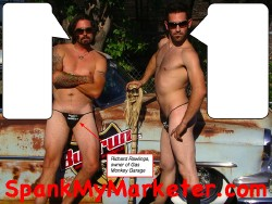 Richard Rawlings Wife Sue Pictures monkey spanky gas monkey garage famous spank my monkey pic 250x188